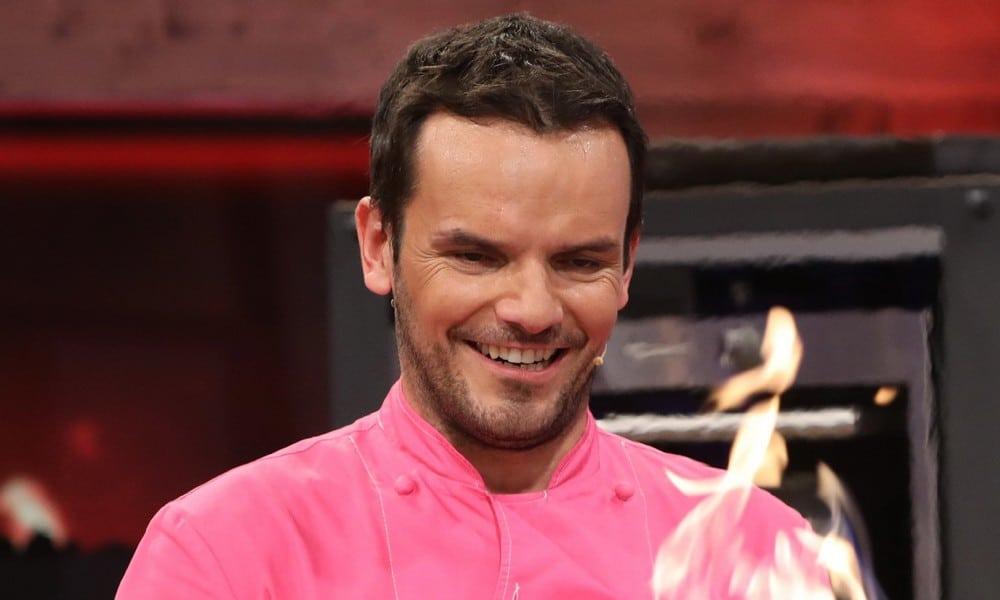 TV-Koch Steffen Henssler hängt die Grillzange an den Nagel