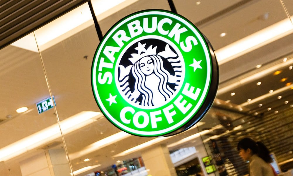 Schütze erschießt Mann in Starbucks-Filiale