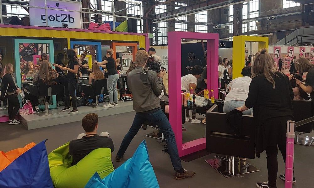 glow 2017 gewinne tickets und sei in berlin dabei. Black Bedroom Furniture Sets. Home Design Ideas
