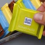 Total legal: Ritter Sport bringt Schokolade mit Gras raus