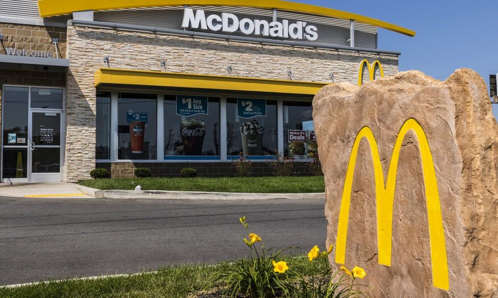 Kalifornien: Frau flippt bei McDonald's aus - weil sie nicht genug Ketchup bekommt