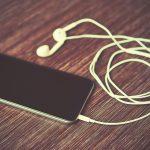 Teenie (16) bekommt Stromschlag durch Kopfhörer – tot!