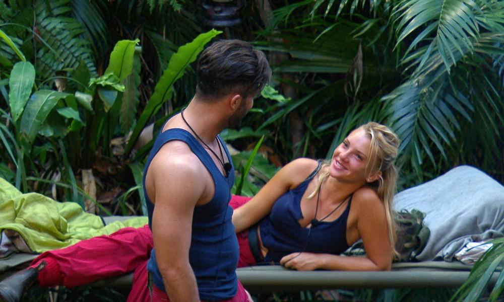 Evelyn Burdecki und Domenico de Cicco im Dschungelcamp