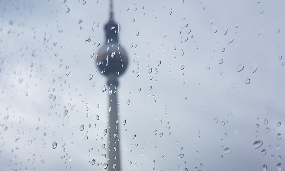 NEWS 17 Regen Fernsehturm BILD kukksi