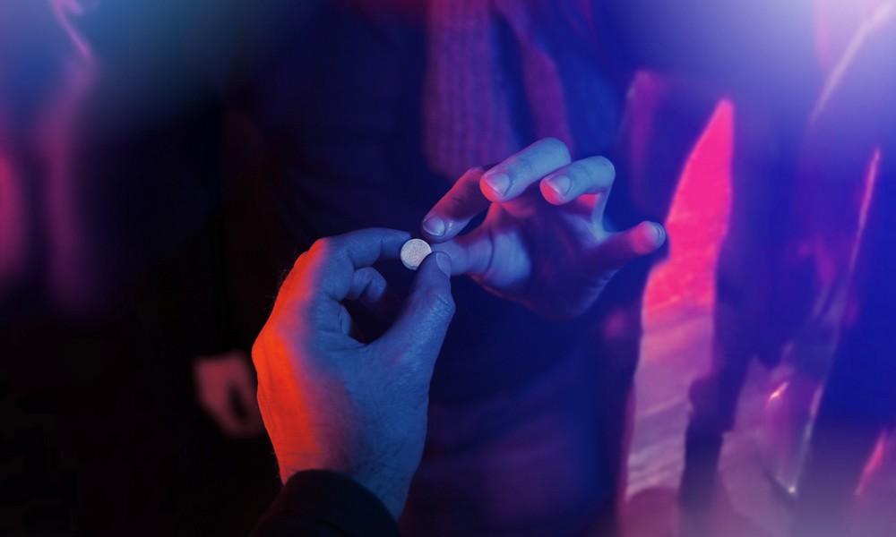 Nach Todesfall: Polizei warnt vor diesen Party-Pillen!