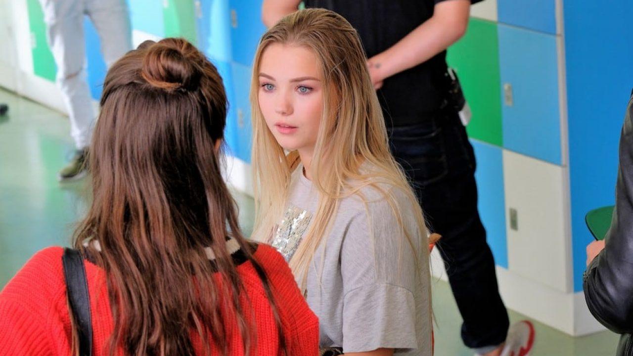 Julia beautx hot