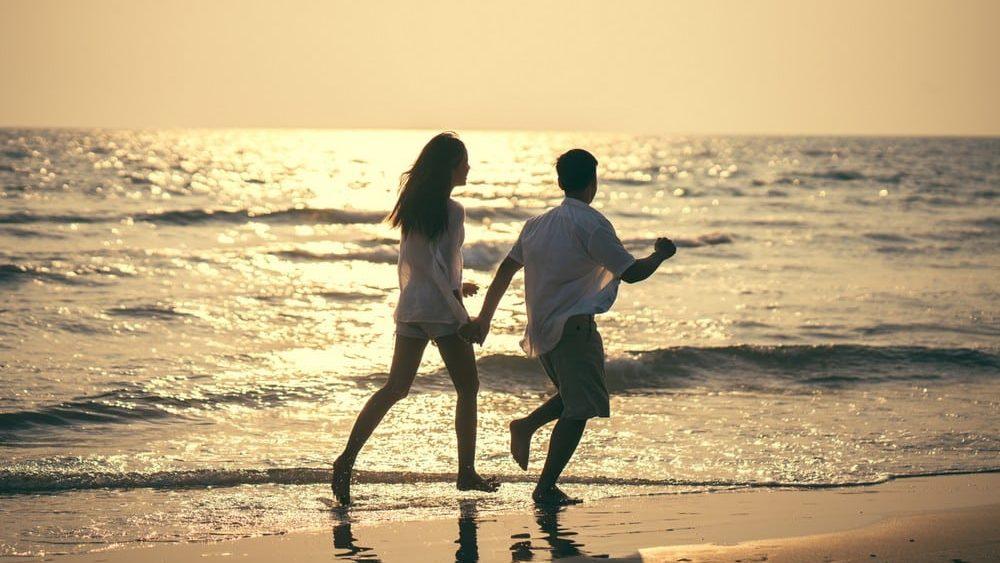 Sex am Strand: In diesen Ländern drohen Strafen!