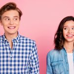 Diese 12 Dinge solltest du nie vor deinem Partner tun