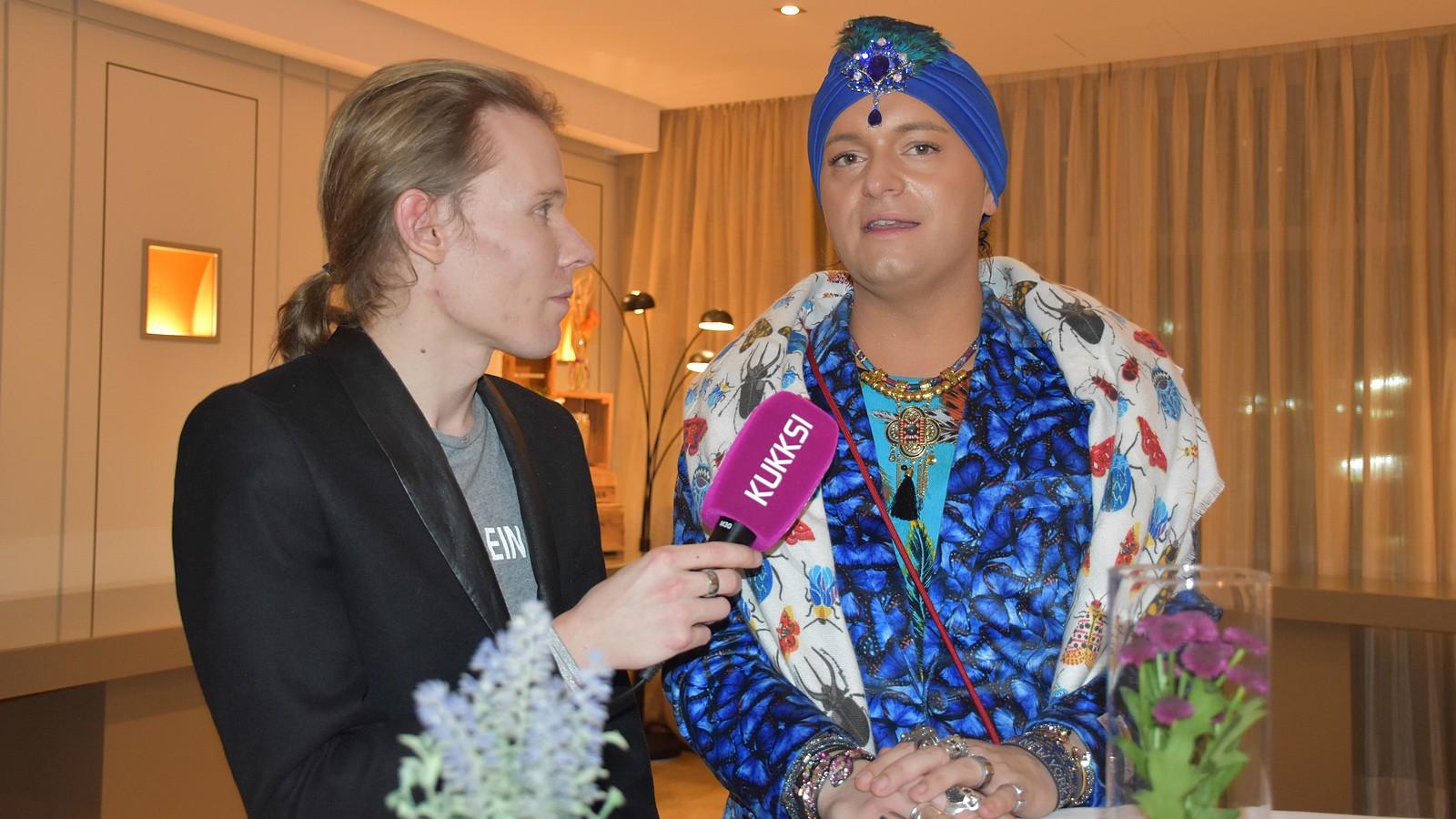 Julian F.M. Stoeckel im Interview mit KUKKSI