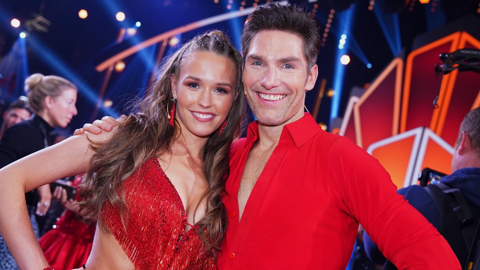 Laura Müller tanzt mit Christian Polanc