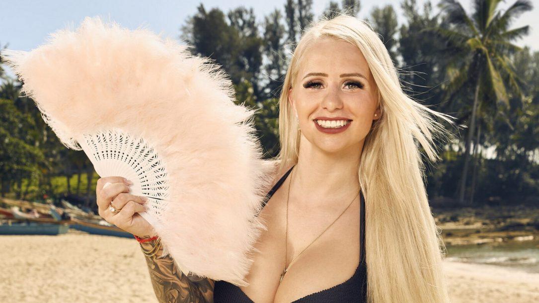 Carina Spack: Sind ihre Brüste echt?