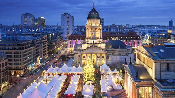 Weihnachtsmarkt am Gendarmenmarkt in Berlin