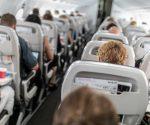 Darum solltest du nie Cola im Flugzeug bestellen