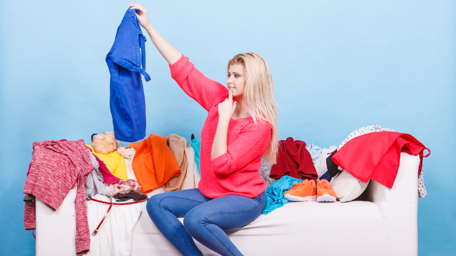 Das solltest du mit alter Kleidung tun