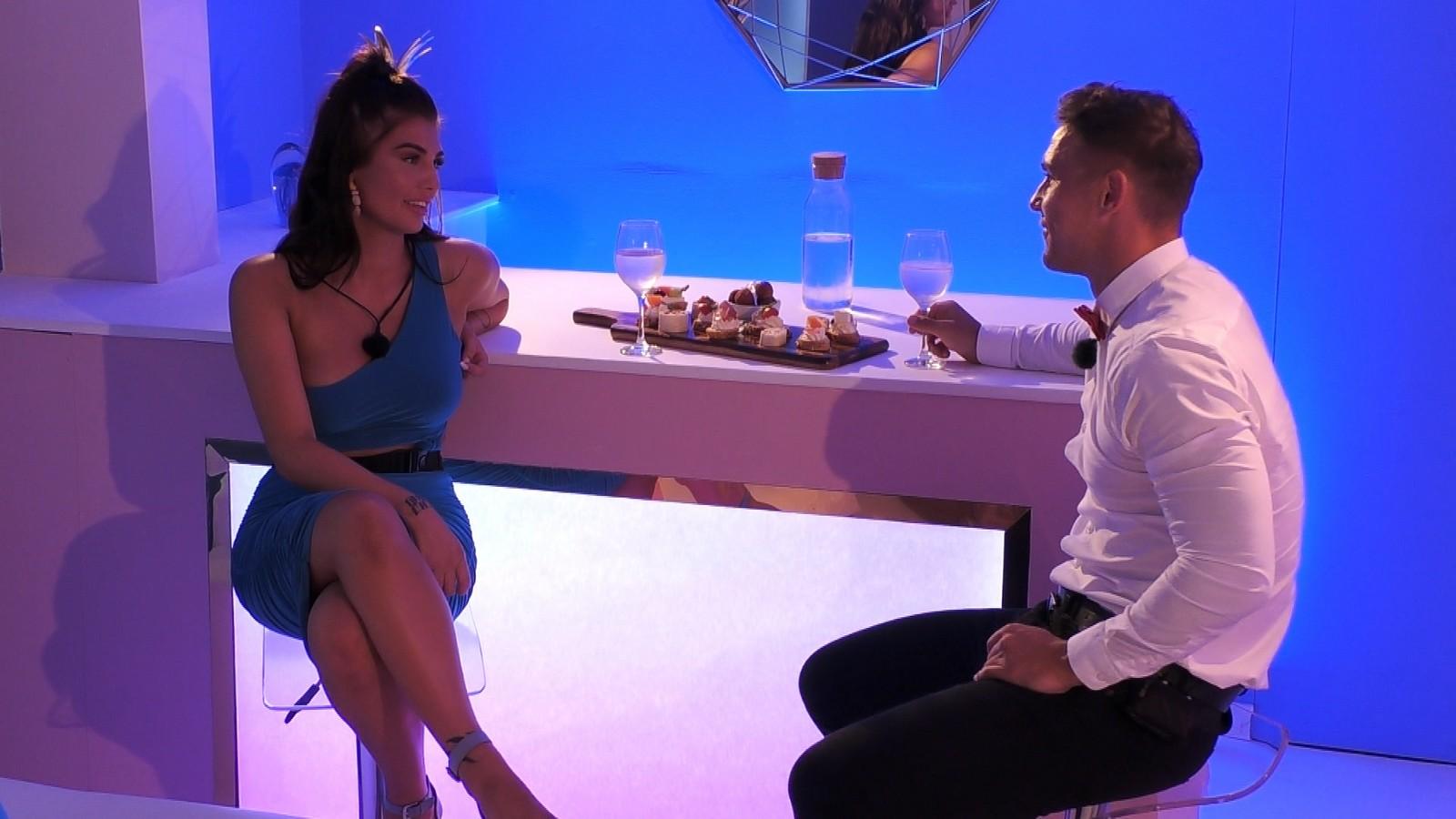 """Laura und Tobias bei """"Love Island"""""""