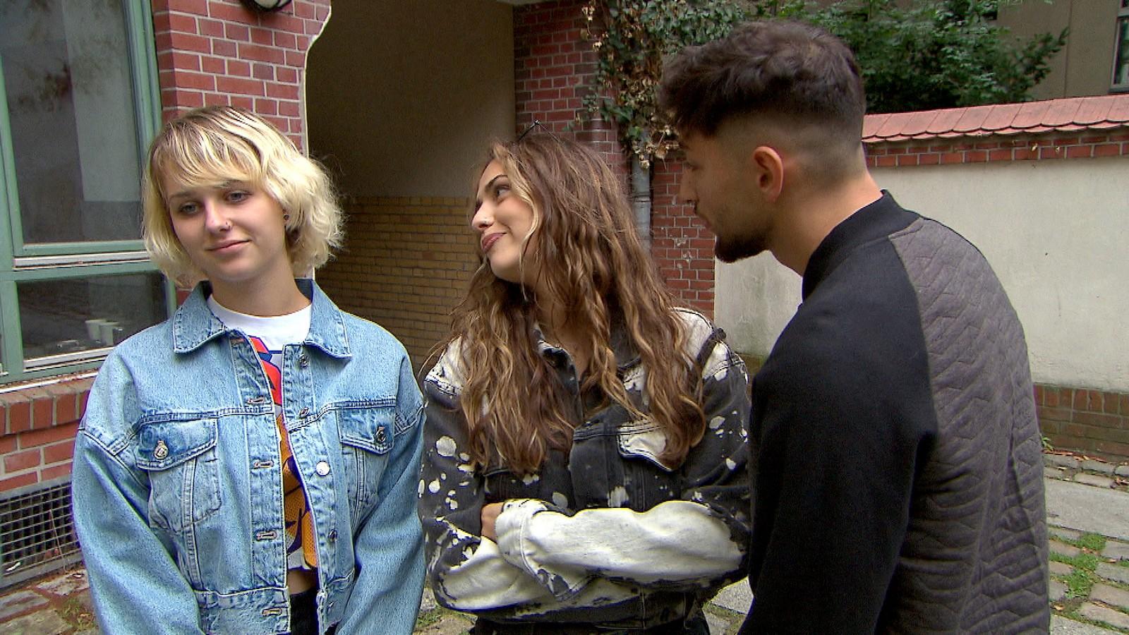 Amelie, Olivia und Dean bei