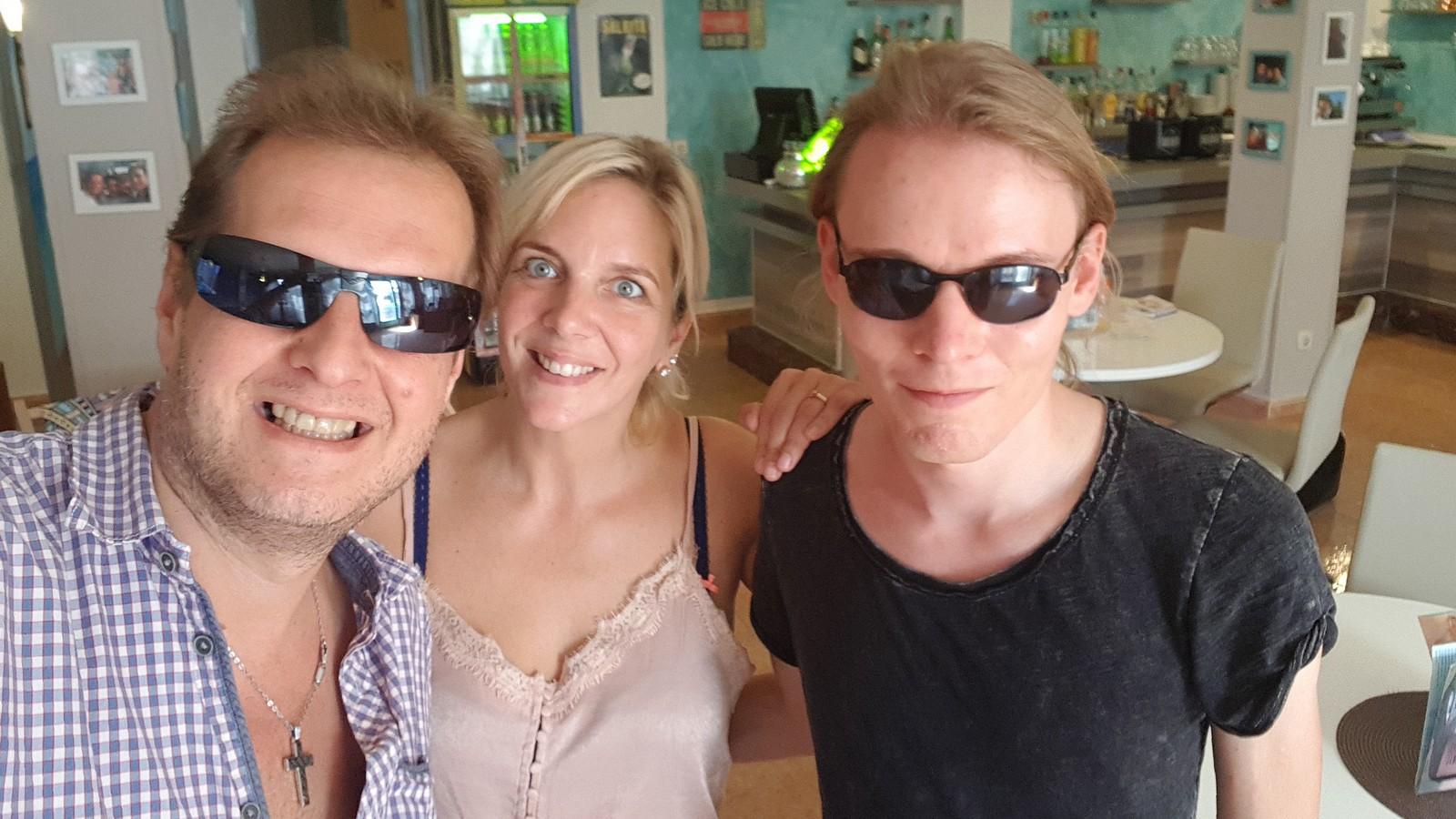 Jens und Daniela Büchner sowie KUKKSI-Reporter Oliver Stangl