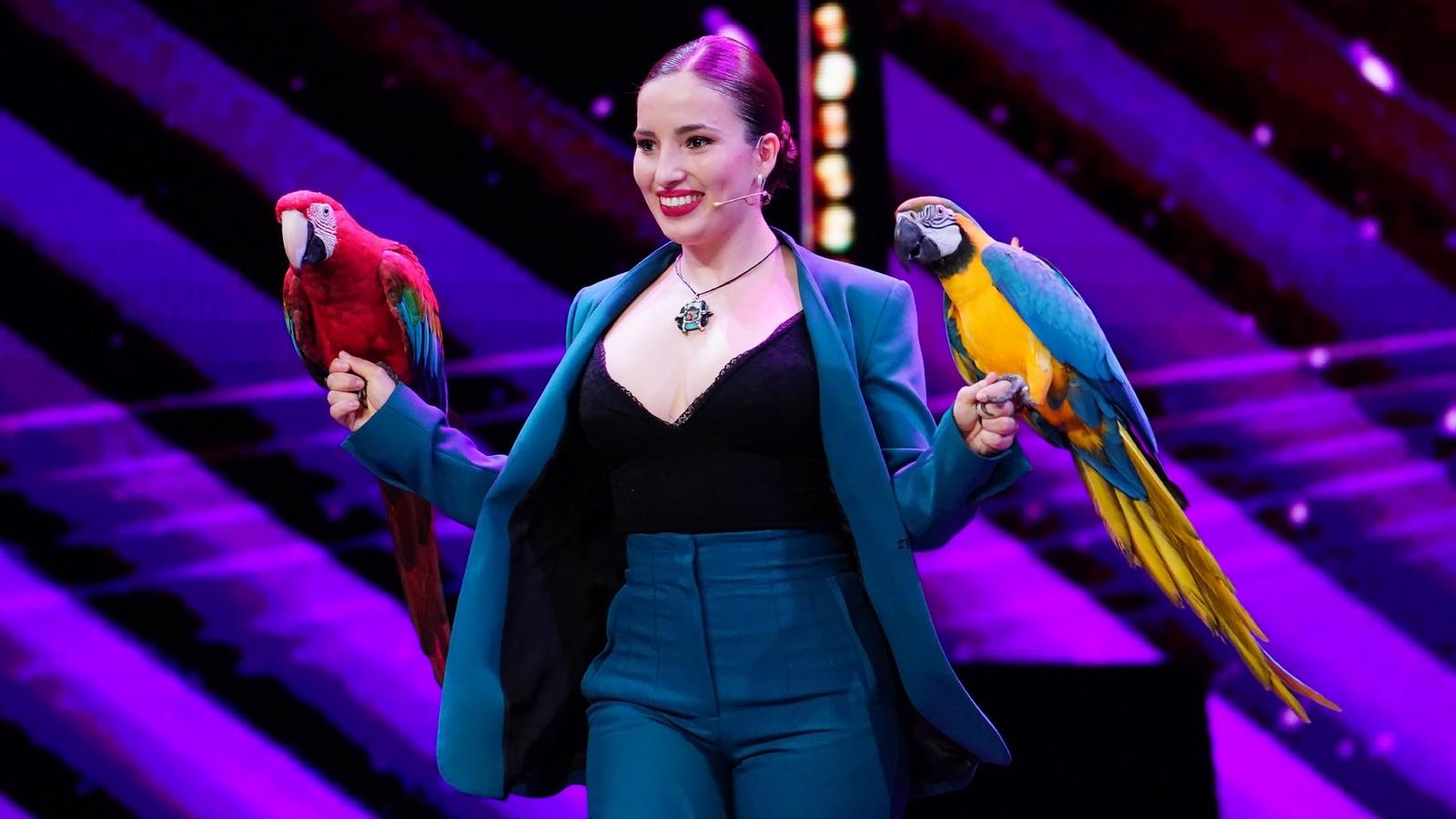 """Supertalent""-Kandidatin Laura Urunov"