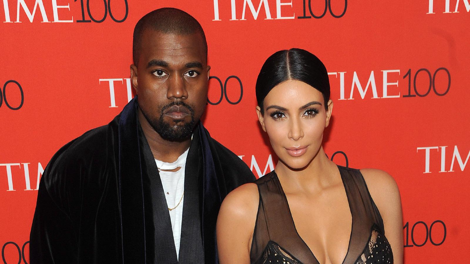 Kim Kardashian hat ihren Ehering abgelegt