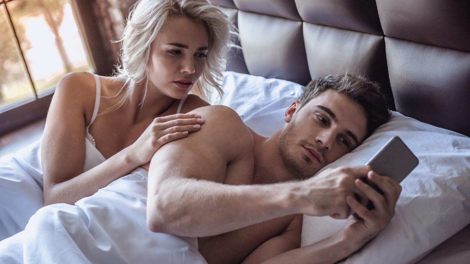 Diese Tricks helfen gegen Eifersucht