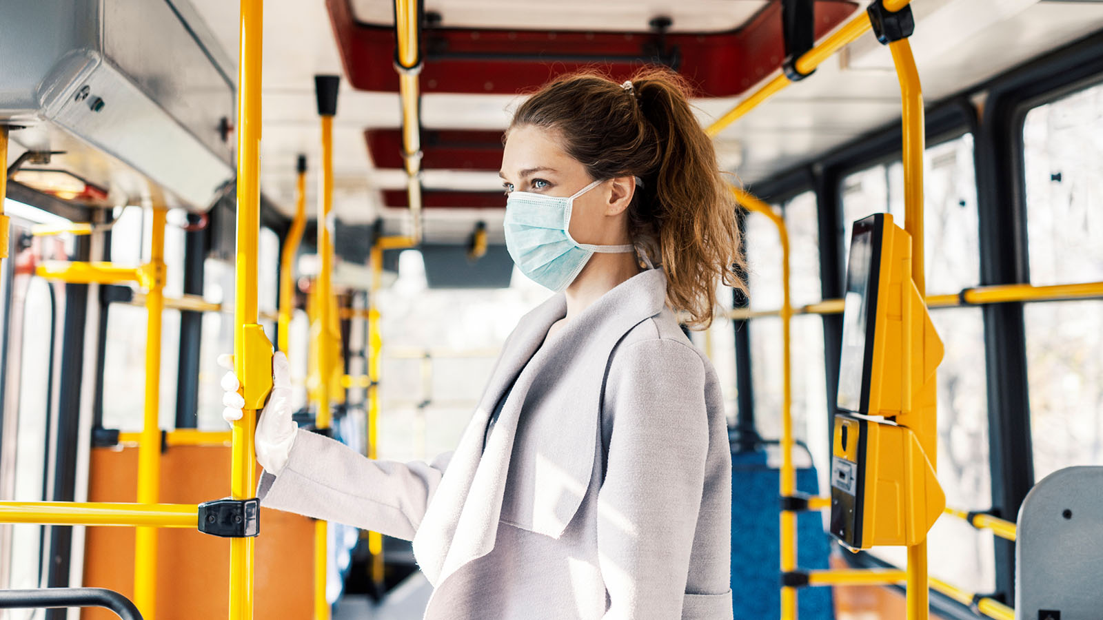 Corona Schweigepflicht Bus Bahn