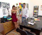 Krass Schule: Thea wird von einem Stalker belästigt!