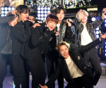 BTS: Die Boys zeigen ganz private Einblicke!