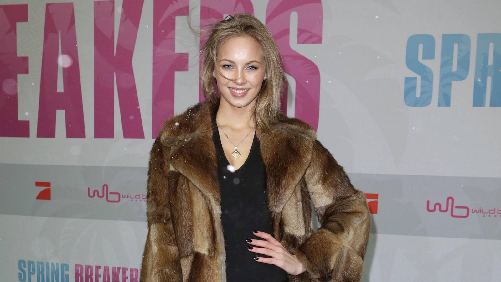 Kasia Lenhard