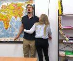 Krass Schule: Niko wird von Frau Schmitzkötter belästigt!