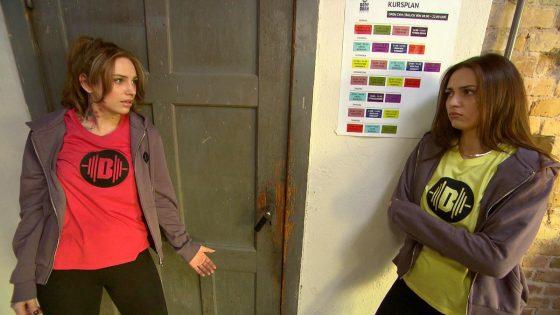 Milla und Olivia bei