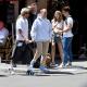 Justin Bieber von Fans belagert