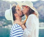 Der erste Kuss: 4 Anzeichen für den richtigen Moment
